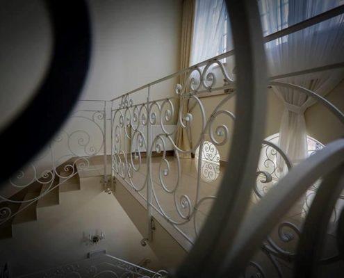 Hotel SPA Akacjowy Dwor - schody