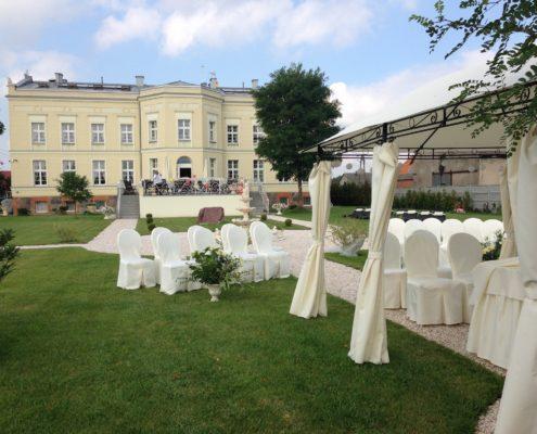 ślub w ogrodzie - Hotel SPA Akacjowy Dwor