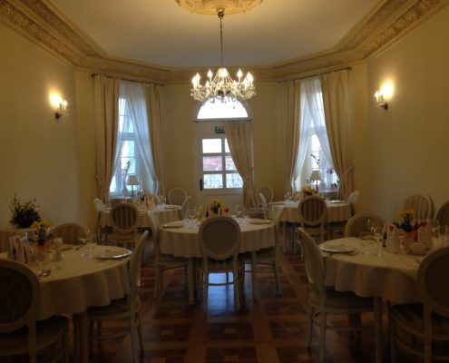 Restauracja - Hotel Akacjowy Dwor